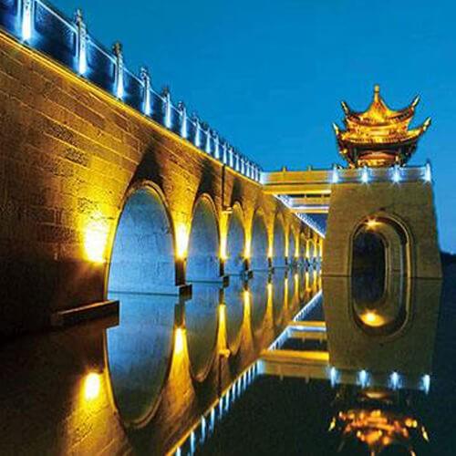 led exterior floodlights for bridge